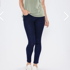 Royalty for me by YIM curvy fit high rise skinny